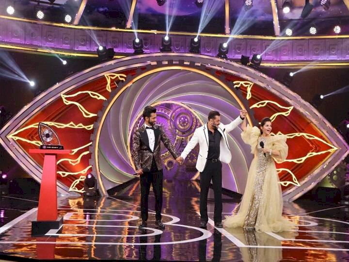 Bigg Boss 14: Salman Khan gave this special gift to five finalists of the house, what is that gift